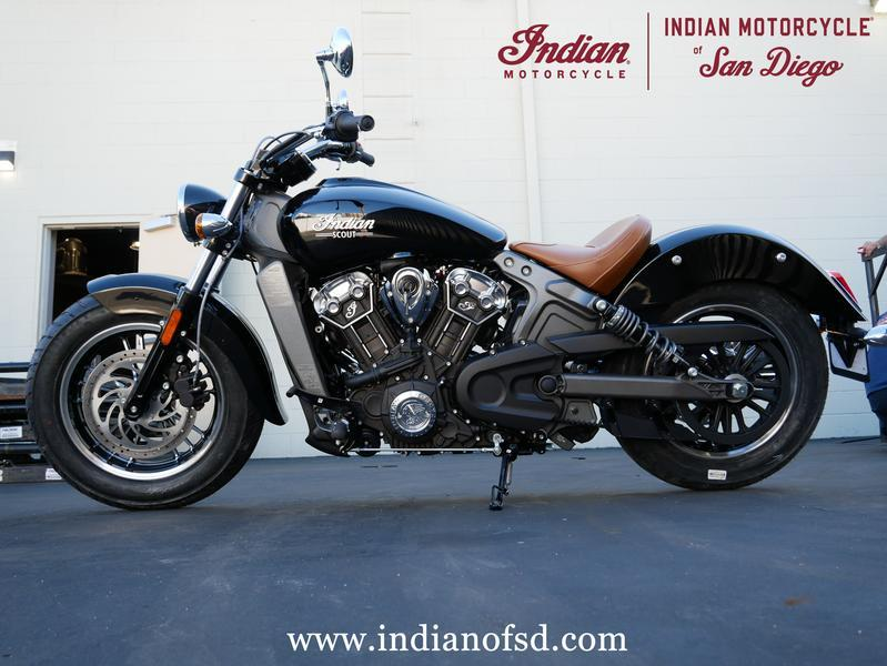 557-indianmotorcycle-scoutthunderblack-2019-7057173