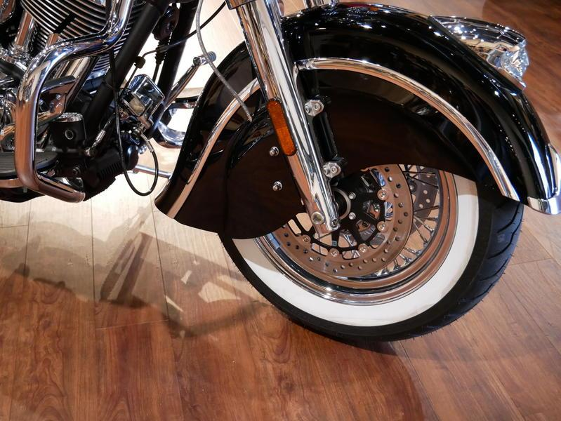 45-indianmotorcycle-springfieldabsthunderblack-2018-5748854