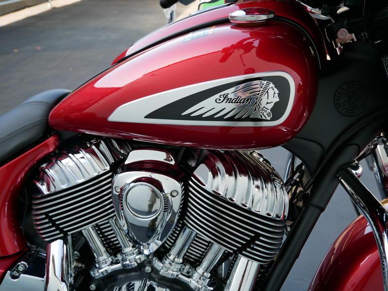 47-indianmotorcycle-chieftainlimitedrubymetallic-2019-5994210