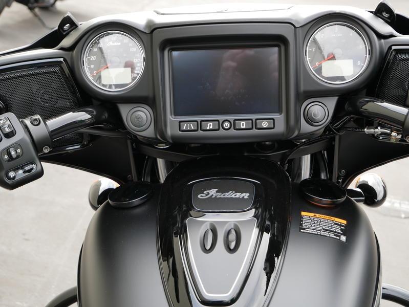 577-indianmotorcycle-chieftaindarkhorsethunderblacksmoke-2019-7057174