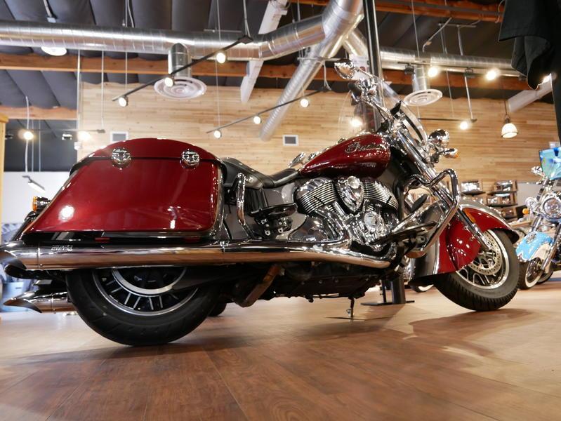 6-indianmotorcycle-springfieldabssteelgrayoverburgundymetallic-2018-5669898