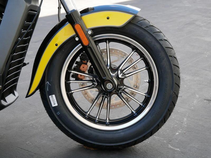 609-indianmotorcycle-scouticonseriesthunderblack-indianmotorcycleyellow-2019-7073870