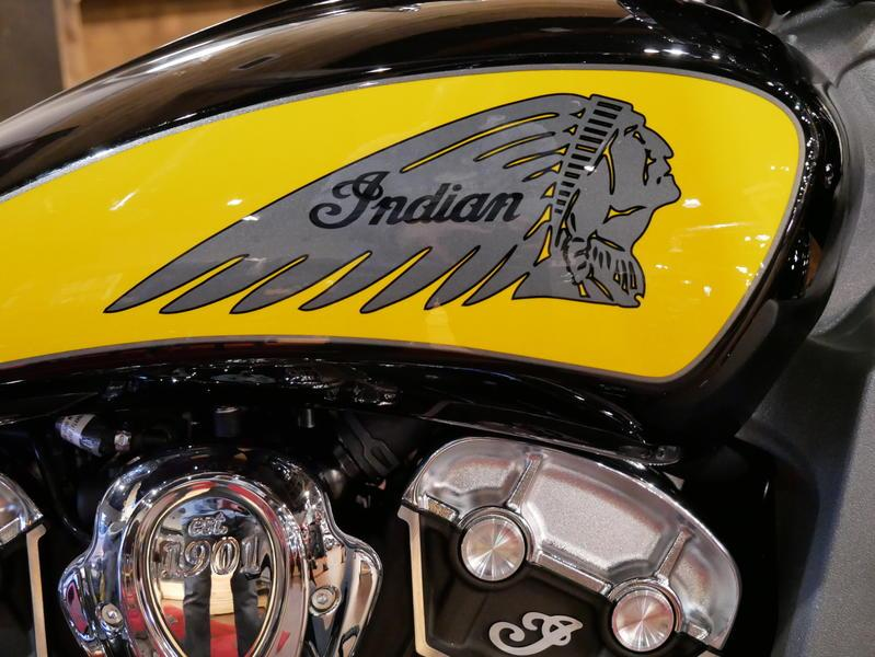 621-indianmotorcycle-scouticonseriesthunderblack-indianmotorcycleyellow-2019-7073870