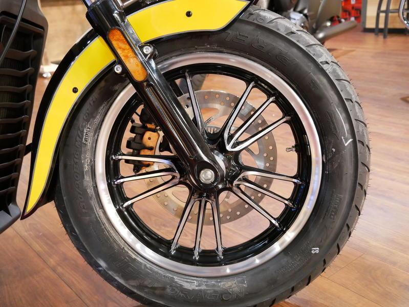622-indianmotorcycle-scouticonseriesthunderblack-indianmotorcycleyellow-2019-7073870