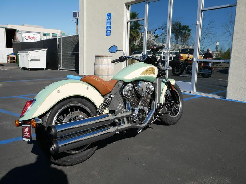 629-indianmotorcycle-scoutabswillowgreen-ivorycream-2019-7109450