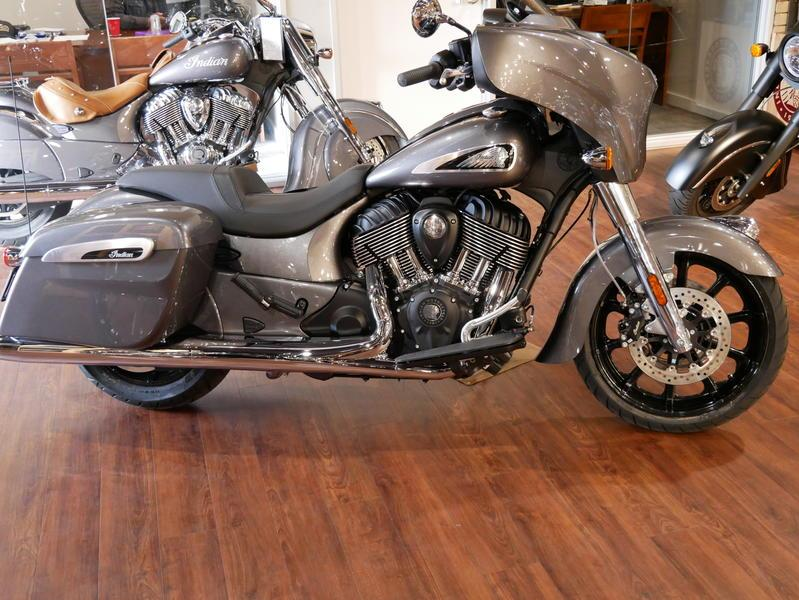 640-indianmotorcycle-chieftainsteelgray-2019-7109451
