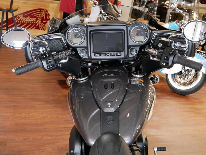 651-indianmotorcycle-chieftainsteelgray-2019-7109451