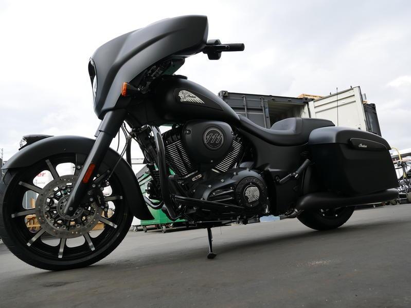 656-indianmotorcycle-chieftaindarkhorsethunderblacksmoke-2019-7109452