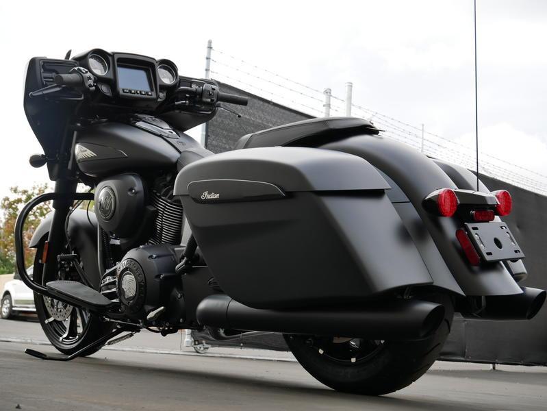 666-indianmotorcycle-chieftaindarkhorsethunderblacksmoke-2019-7109452