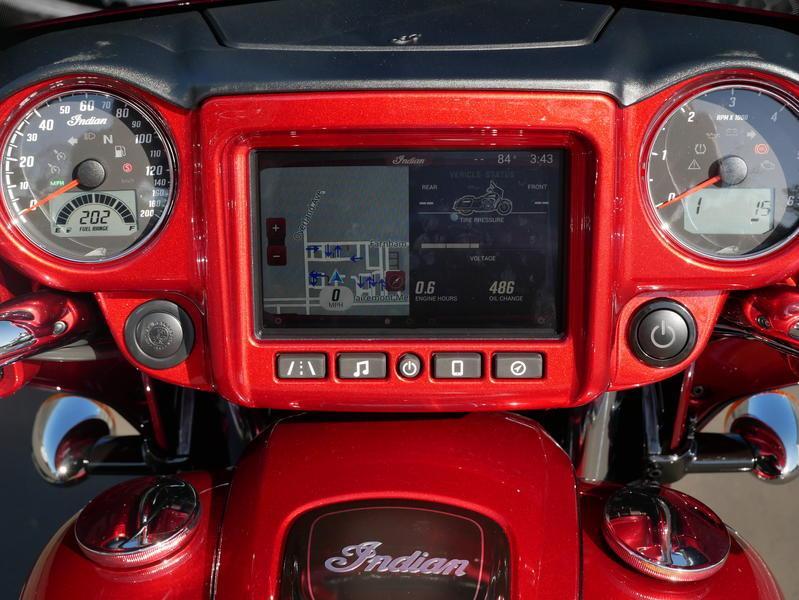 74-indianmotorcycle-chieftainlimitedrubymetallic-2019-5994211